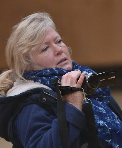 Elaine-Butler-mit-der-Kamera