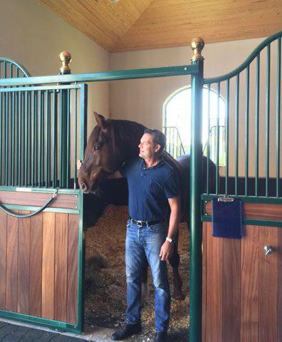 David-de-Whispelaere-mit-Pferd