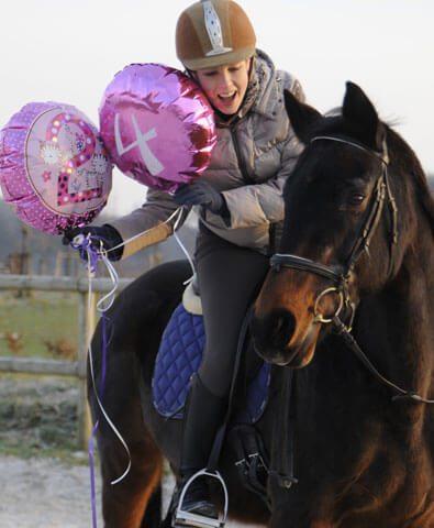 Luftballons-fürs-Pferd