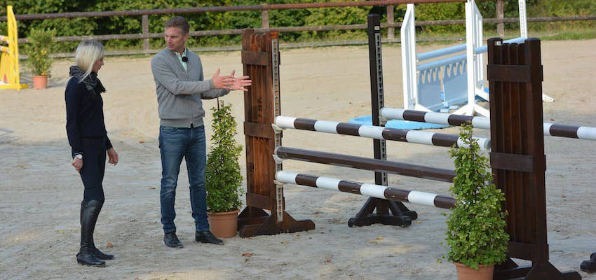 show-jumping-course-walk